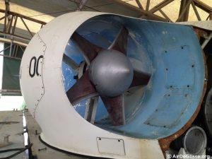 L'hélice de propulsion bâbord