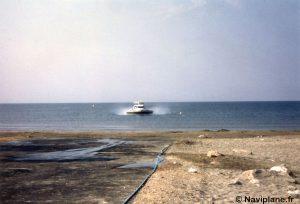 Arrivée d'un Naviplane N102 sur la plage de La Grande Motte