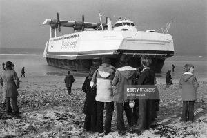 La Naviplane N500 quitte la plage d'Erquy